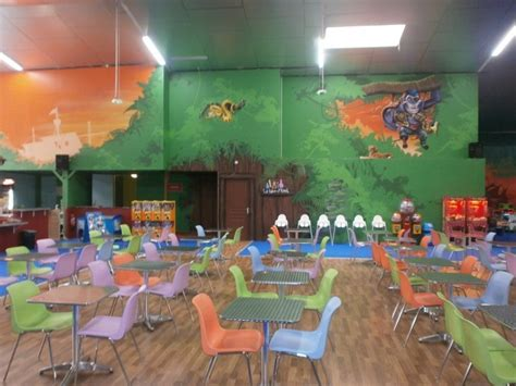 parc de jeux indoor carnoux en provence 13 bouches du rh 244 ne