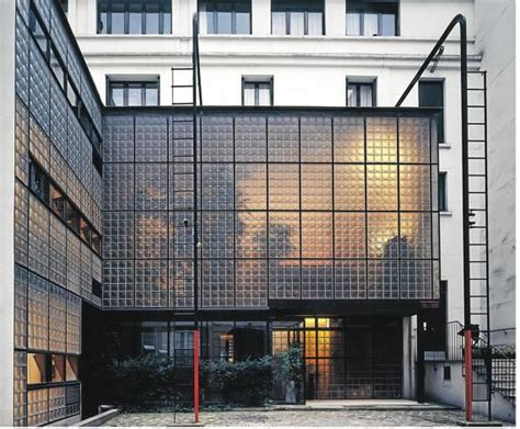 la maison de verre spaces