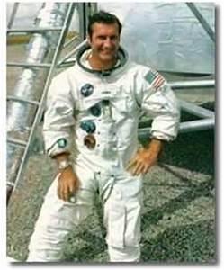 NASA Honors Veteran Astronaut Richard Gordon | Aero-News ...