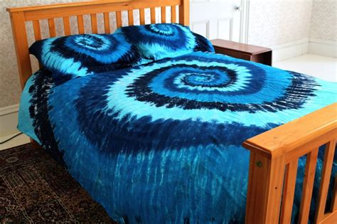 top 10 best tie dye comforters and bedding sets for a colorful bedroom
