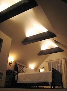 Lampen Spots Badezimmer : interessante raumgestaltung mit indirekter beleuchtung frame roof attic pinterest ~ Markanthonyermac.com Haus und Dekorationen