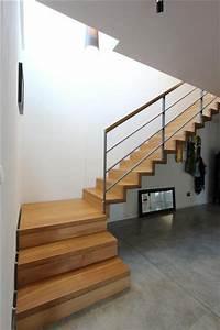 Halbgewendelte Treppe Mit Podest : die besten 17 ideen zu podesttreppe auf pinterest holztreppe treppe podest und treppe ~ Markanthonyermac.com Haus und Dekorationen