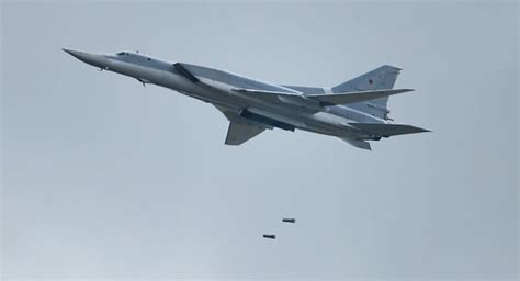 russian range bombers strike terrorist targets in syria s deir ez zor sputnik international