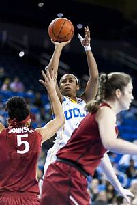 Women's basketball falters in last-minute 67-65 loss to ...