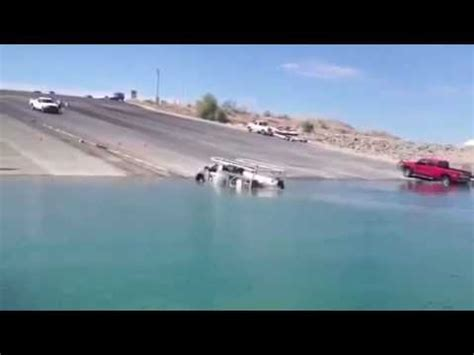 Boat Launch Gone Bad by Quot Boat Launch Gone Wrong Quot Boatshowavenue Youtube