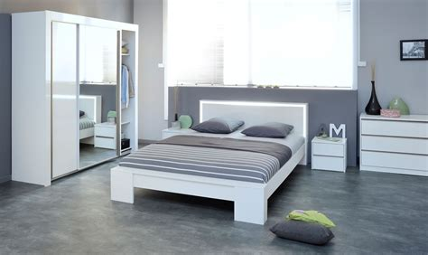 Chambre Ikea Adulte Malm Bed And Chest Of Drawers In