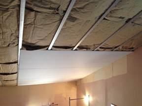 pose de placoplatre au plafond fabulous plafond demontable placo platre plafond pvc with pose