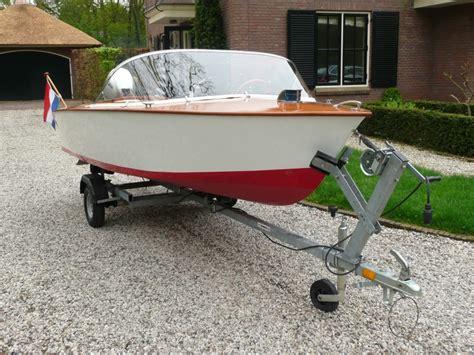 Kleine Boten Te Koop by Type Mini Riva Open Tour Speed Boot Te Koop Uit 1960