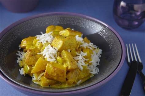 recettes de poulet curry par l atelier des chefs