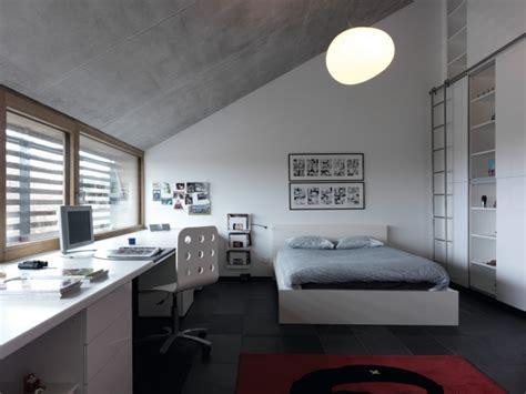 Modernes Schlafzimmer Jugendliche Junge Dachschräge Weiß