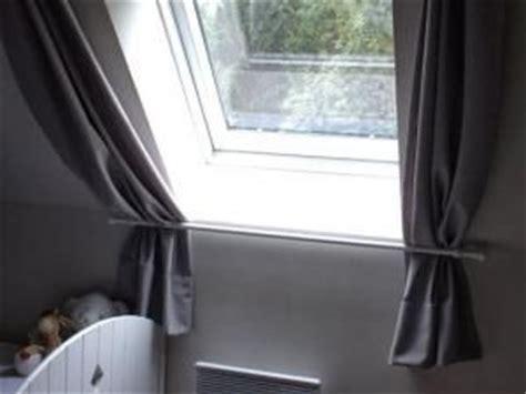 les 25 meilleures id 233 es concernant rideau velux sur rideau pour velux fixation