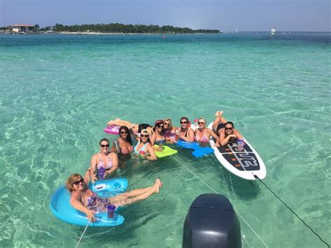 Destin Party Boat Rentals by 7 Destin Attractions For Adults