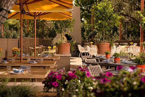 The Front Yard : Studio City Restaurant