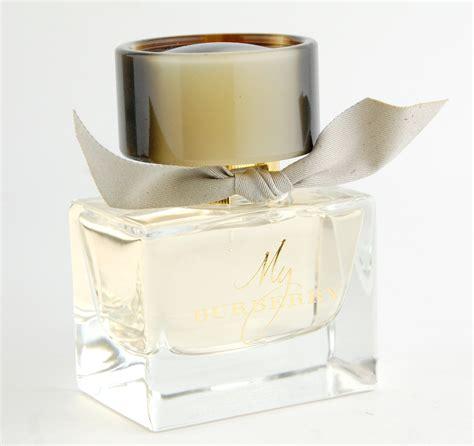 my burberry eau de toilette vs eau de parfum swatch and review