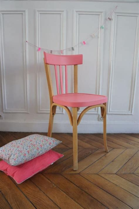 les 25 meilleures id 233 es concernant chaises peintes sur chaises pour table 224 manger