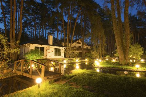Outdoor Lighting : Helpful Tips For Landscape Lighting Placement