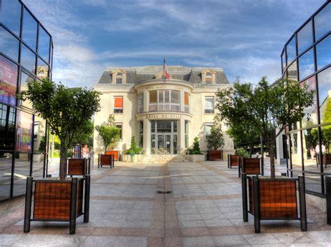 file enghien les bains hotel de ville hdr 01 jpg wikimedia commons
