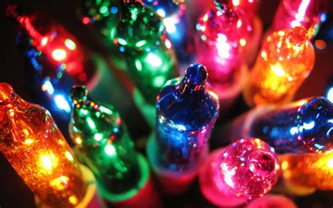 How Much Electricity Do Christmas Lights Use?