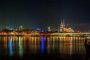 Köln Bilder Kaufen : rheinufer in k ln bei nacht foto bild hdr k ln digiart bilder auf fotocommunity ~ Markanthonyermac.com Haus und Dekorationen