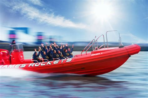 Boat Ride In London by Thames Speed Boat Ride For Two Rocket Speed Boat Voyage