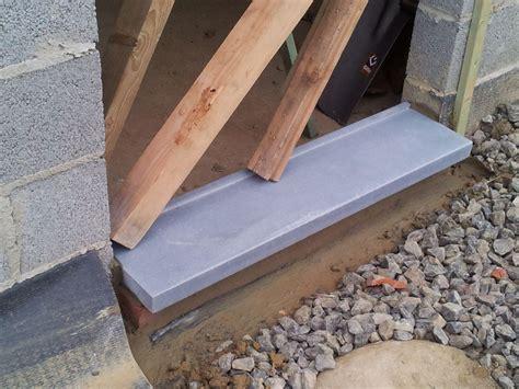 seuils de fen 202 tre et de portes humidit 201 ascendante autoconstruction avec deux mains gauches