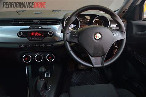 alfa romeo giulietta 2013 interior images