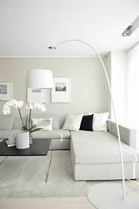 Große Wohnzimmer Lampe : wohnzimmer gestalten einige neue ideen ~ Markanthonyermac.com Haus und Dekorationen