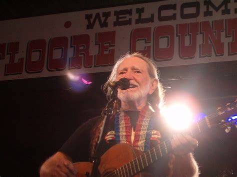 willie nelson at floore country store www