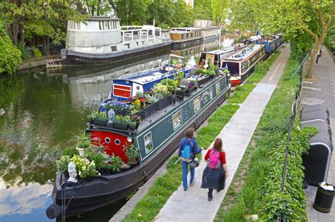 Living On A Boat Full Time Uk by Boats In Little Venice London Editorial Photo Image Of
