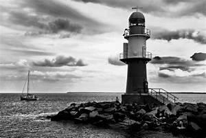 Schwarz Weiß Kontrast : leuchtturm warnem nde schwarz wei foto bild landschaft meer strand urlaub bilder auf ~ Markanthonyermac.com Haus und Dekorationen