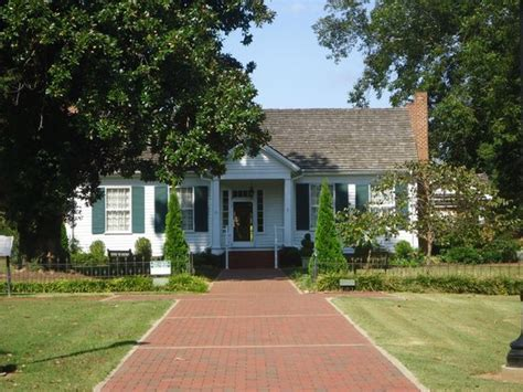 green home picture of helen keller birthplace and outdoor play the miracle worker