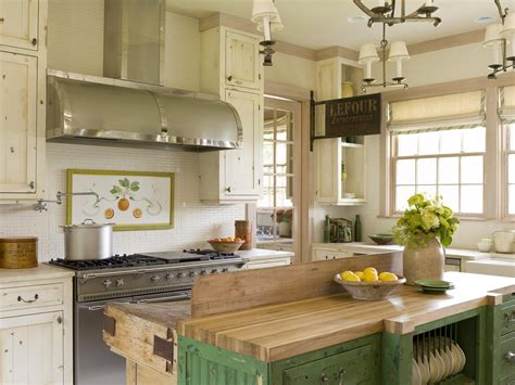 Cottage-style Kitchens