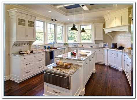 white kitchen cabinets and granite quicua