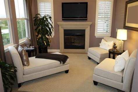 53 Cozy & Small Living Room Interior Designs (small Spaces Living Room Furniture Tucson Small Apartment Almirah Designs For Mini Escape Video Wallpaper Decorating Ideas Chairs Under 150 White Swivel Bay Window Curtain