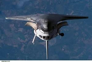 Space Shuttle External Tank Falling Toward Earth ...