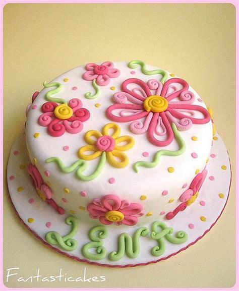 theme cake decorating ideas family net