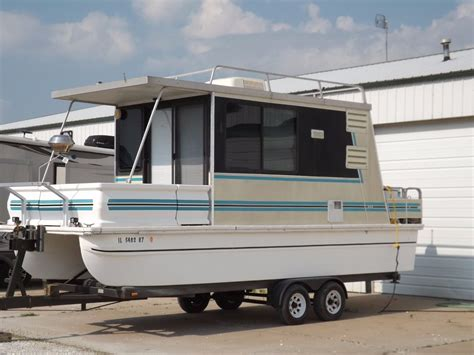 Catamaran Houseboat For Sale by Catamaran Cruiser Lil Hobo 26 1997 For Sale For 1 Boats
