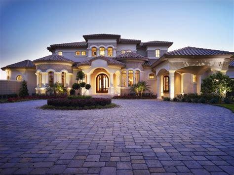 Mediterranean Style Homes : Mediterranean Style Home Designs