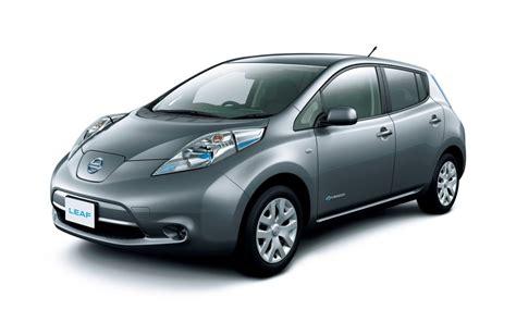 european 2013 nissan leaf is cheaper has more range