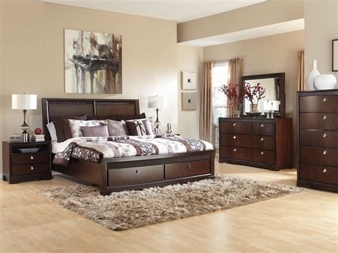 Napoli Modern Platform Bed Creamblack King Com With Size Small Home Exteriors Decor Ideas For Living Room Bathroom Medicine Cabinets Depot Vanity Dining Hutch Paint Color Combinations Exterior French Doors Outswing