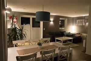 Welche Weiße Farbe Deckt Am Besten : wohnzimmer streichen nach zwei jahren lust auf was neues ~ Markanthonyermac.com Haus und Dekorationen