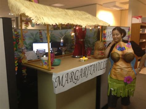 margaritaville themed cubicle decoration cubicle decorating receptions cubicle
