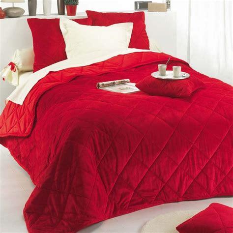 couvre lit matelass 233 boutis pas cher mod 232 le de luxe couvre lit jet 233 de lit tentures