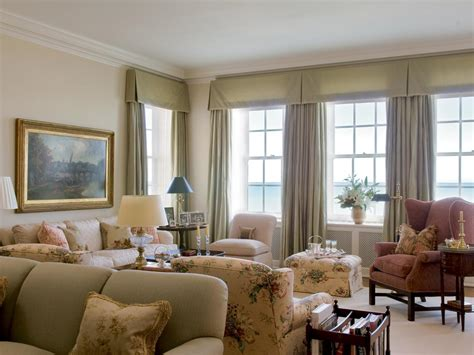 Best Window Treatments For 3 Windows In A Row Round Chairs For Bedrooms 1 Bedroom Apartments Bridgeport Ct Cream Colored Sets Boys Full Size Set Mid Century Modern Furniture Wall Lamps How To Sound Proof A Two Rent In Chicago