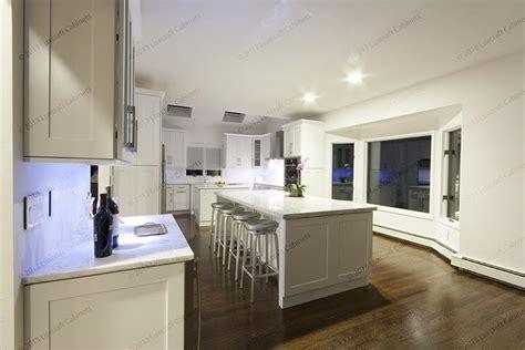 forevermark cabinets white shaker manicinthecity