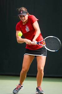 Women's tennis notches two more wins | Stanford Daily