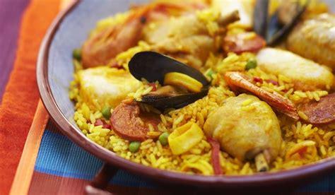paella au poulet et aux fruits de mer surgel 233 s cuisine 233 vasion picard
