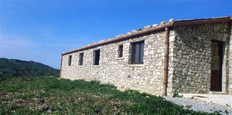 sicile des maisons 224 vendre 1 18 ao 251 t 2014 challenges fr