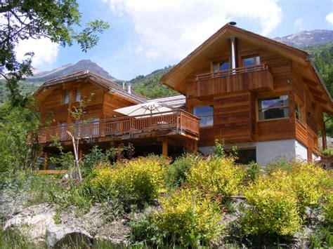 location chalet de luxe bermuda chalets lumi 232 re et bois avec sauna serre chevalier 1400 la