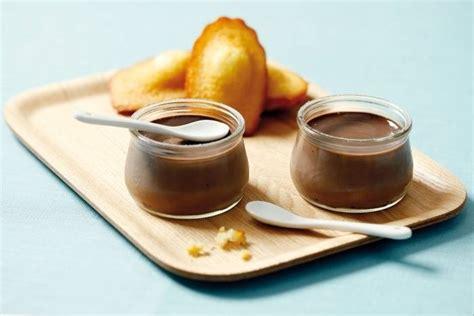 recette de petits pots de cr 232 me au chocolat et madeleines au miel facile et rapide